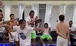 Trabzonspor'dan soyunma odasında kolbastı şov!