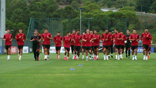 A Milli Futbol Takımı aday kadrosunda değişiklik! Altay Bayındır... #