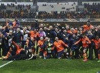 Medipol Başakşehir - Sporting maçından kareler...