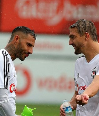 Beşiktaş sağanak yağmur altında çalıştı