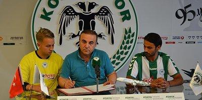 Konyaspor'da çifte imza