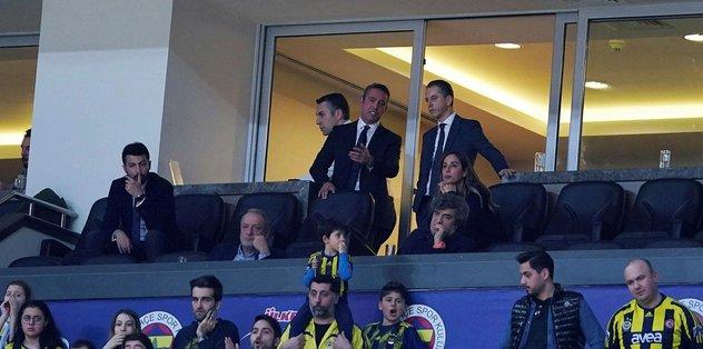 Fenerbahçe taraftarı yenilgi sonrası Ali Koç'a böyle seslendi