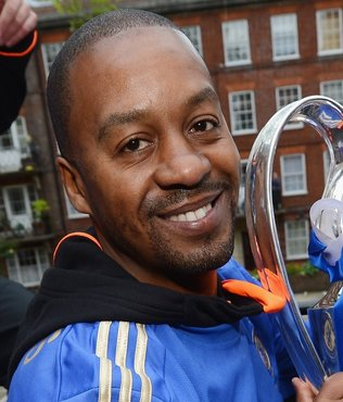 Trabzonspor'un yeni hocası Eddie Newton'a Chelsea'den tebrik