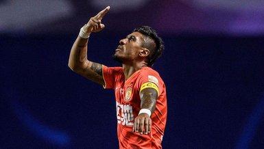 Son dakika spor haberleri: Fenerbahçe ve Galatasaray'a transferde kötü haber! Paulinho Al Ahli'de