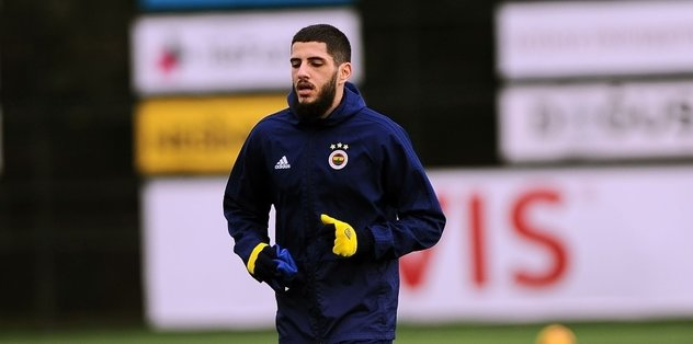 Fenerbahçe'de kadro dışı kalmıştı! Benzia'ya teklif yağmuru...