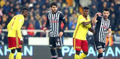 Beşiktaş'ta savunma küçüldü