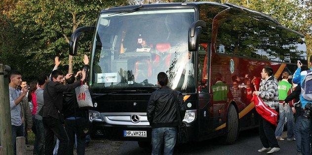 Takım otobüsüne bomba araması yapıldı