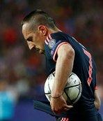Ribery'e şok sözler: Kendini takımdan yüksekte görürdü