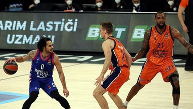 Anadolu Efes - CSKA Moskova: 100-70 MAÇ SONUCU - ÖZET