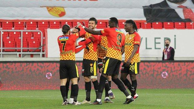 Göztepe BB. Erzurumspor 3-1 (MAÇ SONUCU - ÖZET) #