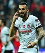 Beşiktaş'ta yıldız isim kampa götürülmedi!