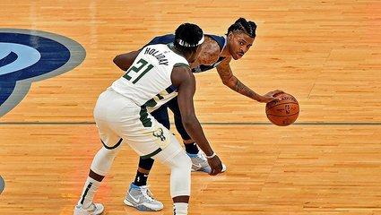 Son dakika spor haberi: NBA'de Milwaukee Bucks Memphis Grizzlies'i son saniyede bulduğu basketle mağlup etti!