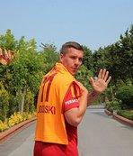 Podolski'den F.Bahçelileri kızdıran paylaşım!