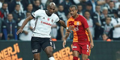 Ryan Babel'den galibiyet pozu