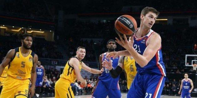 Anadolu Efes Tibor Pleiss'ın sözleşmesini uzattı - Basketbol -