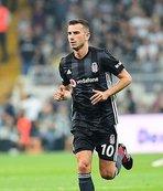 Beşiktaş'ta Oğuzhan ilk 11'de