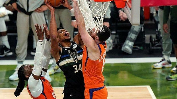 Son dakika spor haberi: NBA'de Phoenix Suns'ı 105-98 yenen Milwaukee Bucks 2020-21 sezonu şampiyonu oldu!