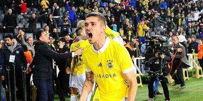 Fenerbahçe-Antalyaspor maçında inanılmaz pozisyon