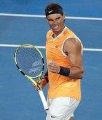 Nadal Avustralya Açık'ta son 4'e kaldı