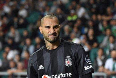 Beşiktaşta değişim zamanı! Vida özür diledi