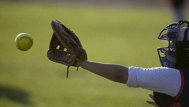 Son dakika spor haberi: 2020 Tokyo Olimpiyat Oyunları'nda softbol müsabakaları başladı