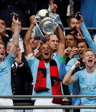 """Manchester City """"üçleme"""" yaptı"""