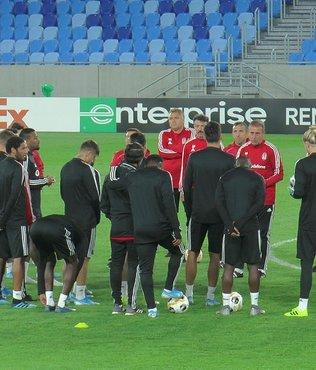 Beşiktaş'ta Victor Ruiz son antrenmana çıkmadı