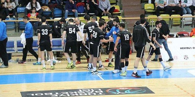 Hentbol Genç Erkekler'de kupanın sahibi Beşiktaş