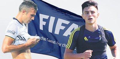 Van Persie'ye FIFA kıyağı!