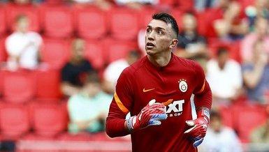 Son dakika spor haberi: PSV Galatasaray maçında Fernando Muslera'dan büyük hata!