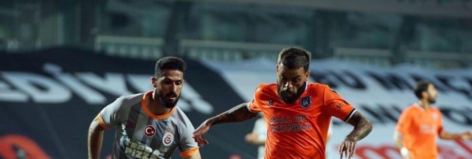 iste basaksehir galatasaray macindan kareler 1593372241142 - M. Başakşehir 1-1 Galatasaray | MAÇ SONUCU