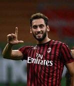 Hakan atıyor Milan coşuyor! Bologna'yı da boş geçmedi