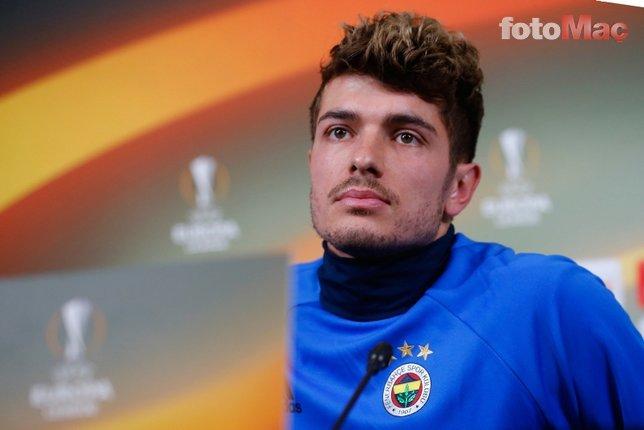 Eski Fenerbahçeli futbolcu Beşiktaş'a gidiyor!