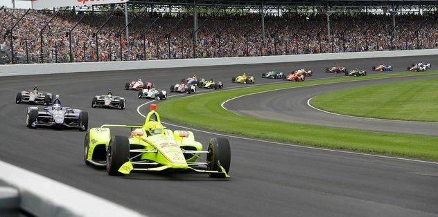 Indianapolis 500 yarışı corona virüsü nedeniyle ertelendi