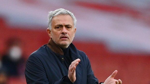 Son dakika Galatasaray transfer haberi: Galatasaray Mert Çetin transferi için Mourinho'dan onay bekliyor!