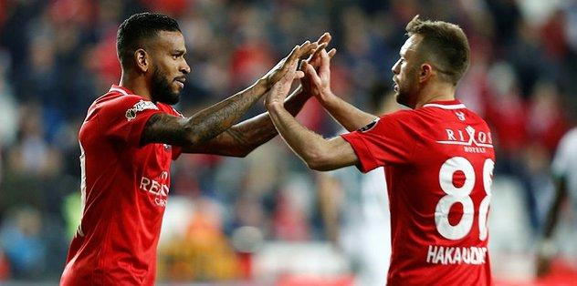 MAÇ SONUCU | Antalyaspor - Alanyaspor 3-0