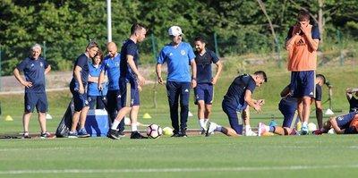 Fenerbahçe hazırlıklarını sürdürüyor