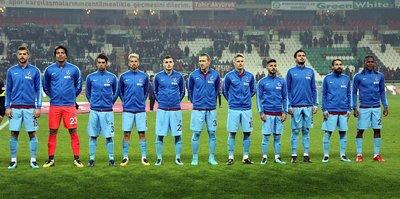 İlk yarıda iki farklı Trabzonspor