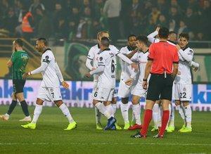 Akhisarspor - Beşiktaş maçından kareler