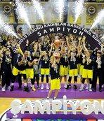 Bakan Kasapoğlu'ndan Fenerbahçe Kadın Basketbol Takımı'na tebrik