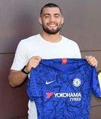 Kovacic Chelsea ile sözleşme imzaladı