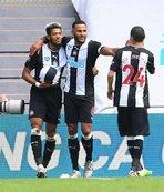 Newcastle ikinci yarıda açıldı!