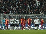 Spor yazarları Beşiktaş - Galatasaray derbisini yazdı