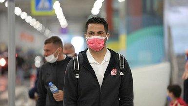 Sivasspor kaleci Ali Şaşal ile nikah tazeledi