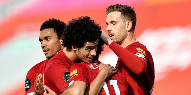 Liverpool 1.7 milyon forma sattı - Futbol -