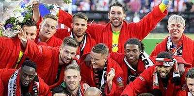 Robin van Persie attı Feyenoord kupayı aldı!
