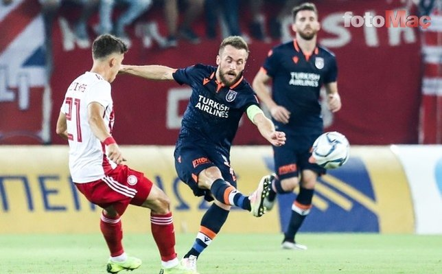 Ezeli rakipler transferde yine karşı karşıya! Galatasaray ve Fenerbahçe...