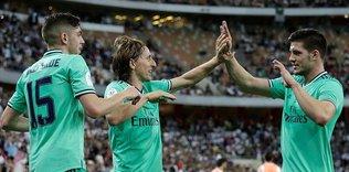 Real Madrid İspanya Süper Kupası'nda finalde!