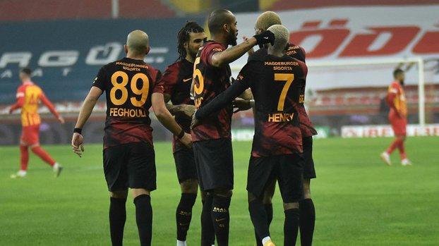 Son dakika spor haberi: Galatasaray'da Çaykur Rizespor maçı öncesi 4 oyuncu sınırda! #