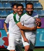 Hamza Hamzaoğlu'nun takımına patladı
